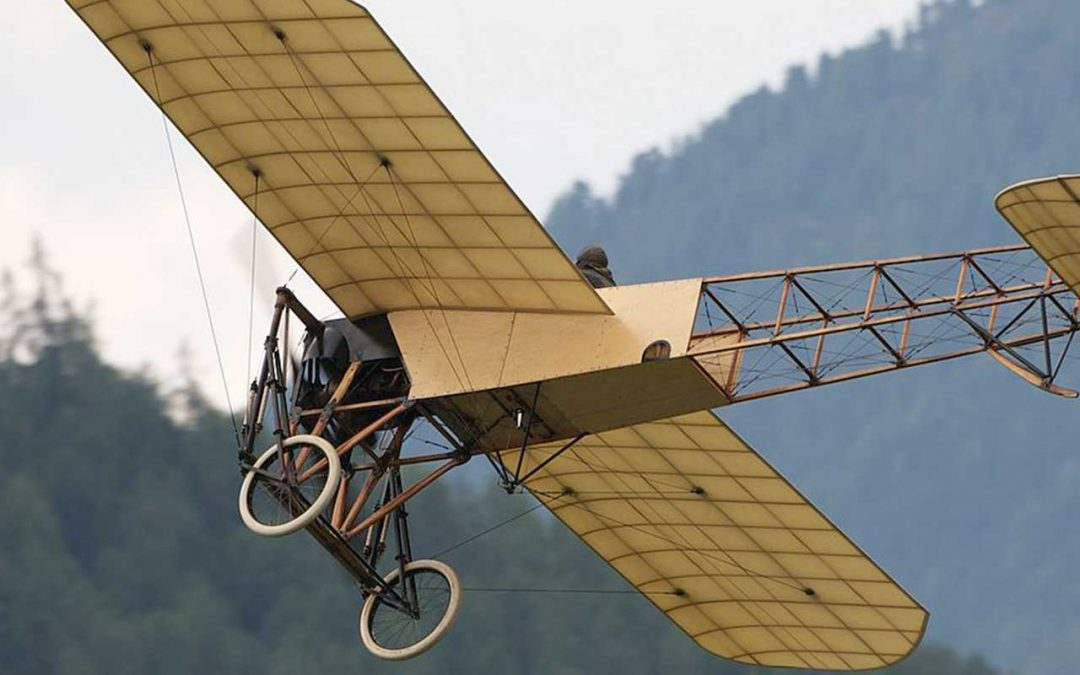 Flying an Original 1909 Bleriot XI