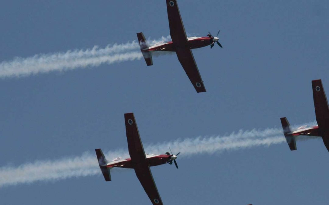 Formation Flying to Honor Veterans